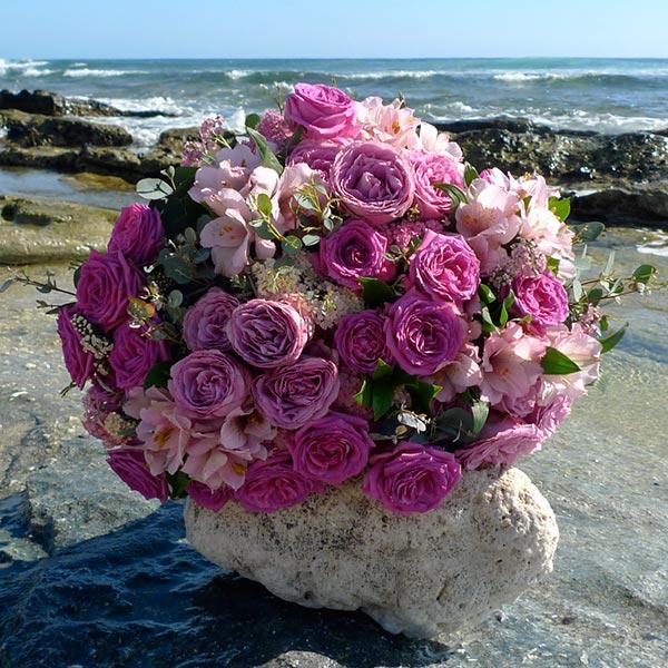 bouquet de fleurs jacaranda chic et choc fleuriste le de la r union. Black Bedroom Furniture Sets. Home Design Ideas