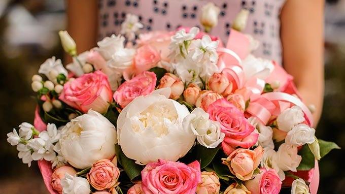 Des fleurs pour le plaisir d 39 offrir fleuriste r union for Offrir des fleurs a domicile
